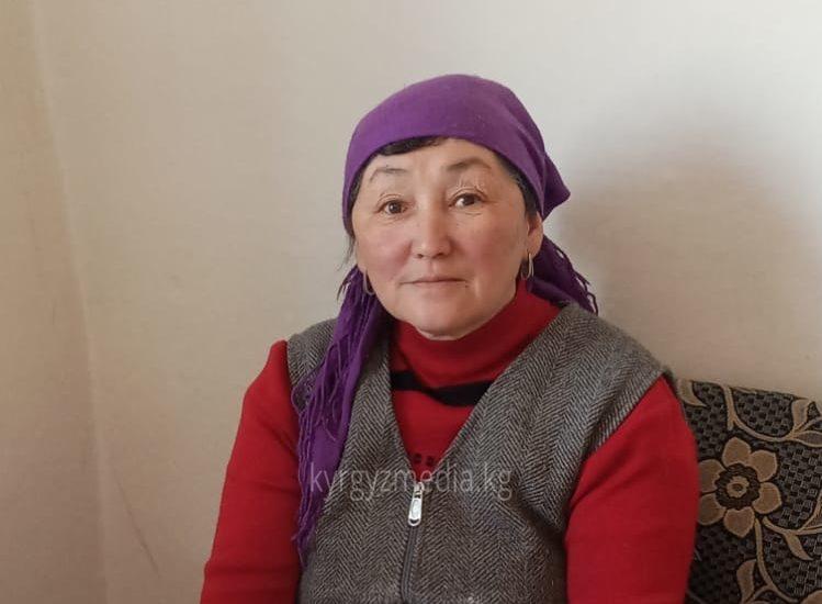 Жаңыл Токтоноева Төлөк айылынын тургуну, пенсионер