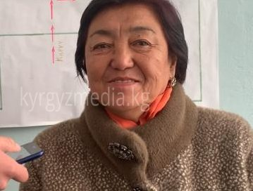 Кочкор районунун тургуну Кенжегүл Исакова