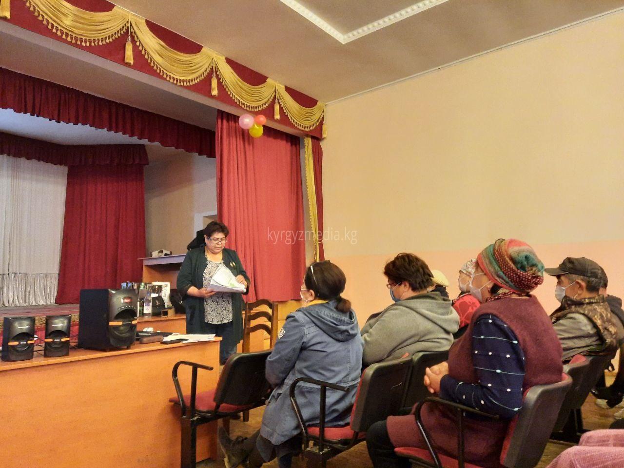 Ысык-Көл облусунун Токтоян айылында медиа маалыматтык сабаттуулукка арналган семинар өттү.