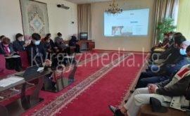 Жаңы-Жер айылында медиа маалыматтык сабаттуулукка арналган семинар болду.
