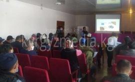 Кочкор районунун Чолпон айыл өкмөтүндө болуп өткөн медиа маалыматтык сабаттуулук семинары